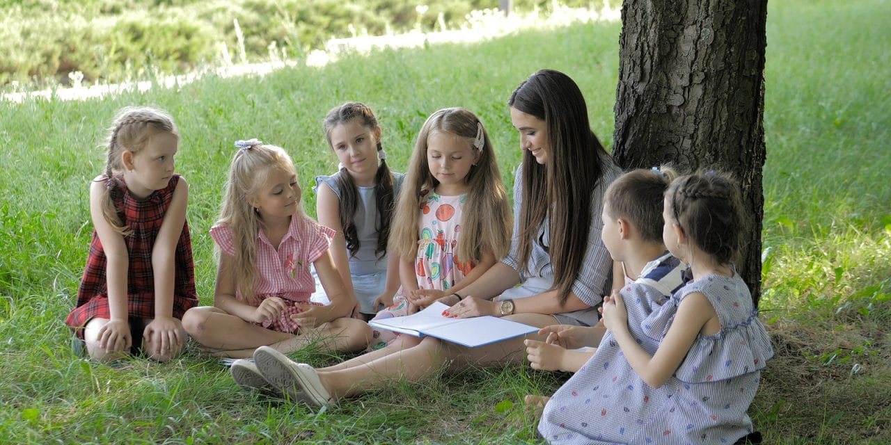 8 Best Side Hustles and Summer Jobs for Teachers